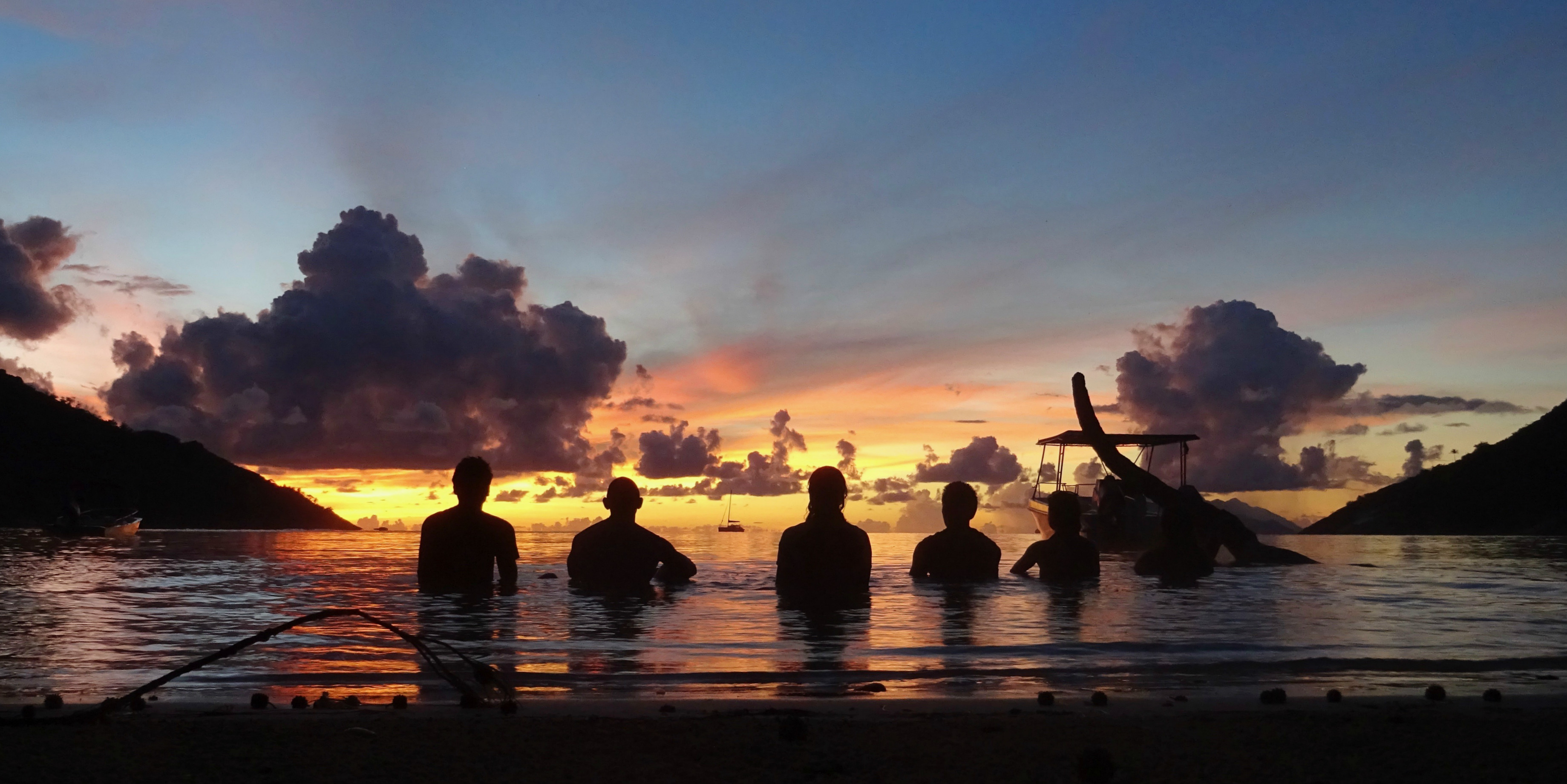 Soon to be PADI pros enjoy the calm waters of Mahe, Seychelles, just metres away from the GVI base.
