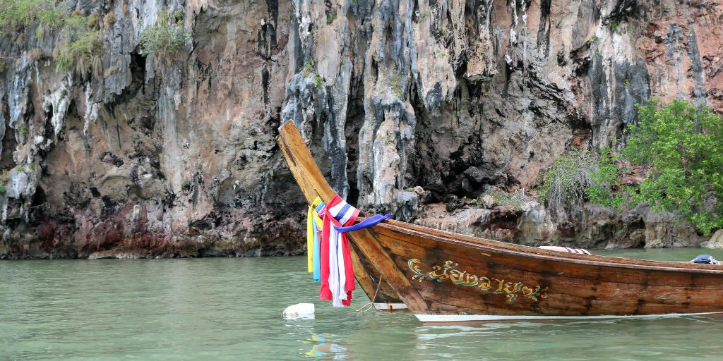 Phang Nga bay travel guides will speak to you to plan the best way for you to see as much as you can on your volunteering trip.