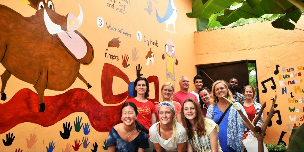 A group of GVI volunteers on a community based program.