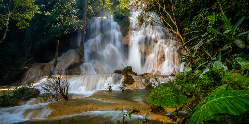 luang prabangs waterfall